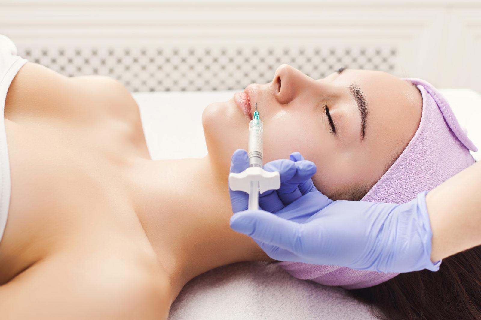 Los 5 tratamientos de Medicina Estética más demandados este verano